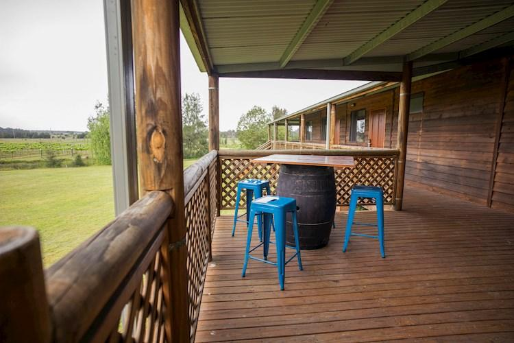 Relaxing Verandah - Hunter Valley YHA