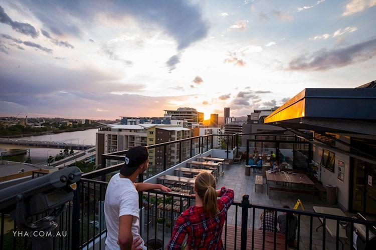 Brisbane City YHA - Rooftop Sunset