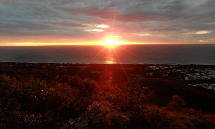 Mt Coolum Sunrise - Noosa YHA Image Credit Mountain Ash