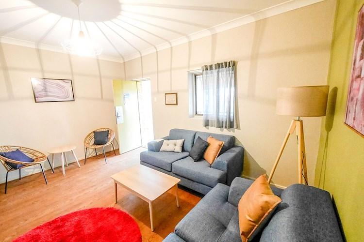 Mt Lofty YHA - Lounge Room