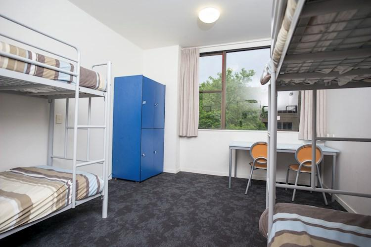 Group Multi-Share Room - Canberra City YHA