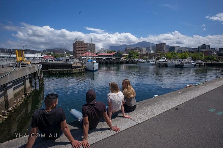 Hobart Central YHA_Hobart Waterfront_2017 (12).jpg