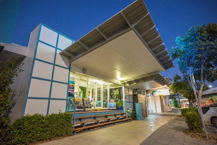 Group Accommodation Cairns Central YHA