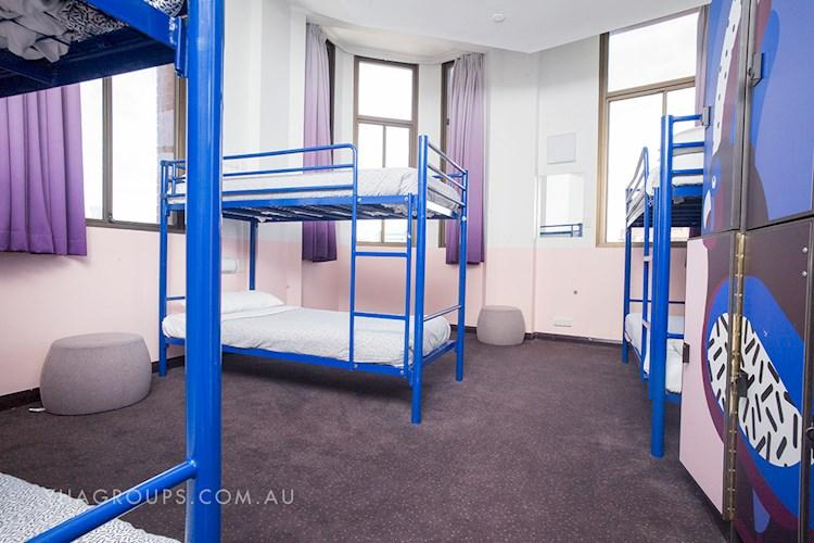 Groups Multishare Room - Sydney Central YHA.jpg