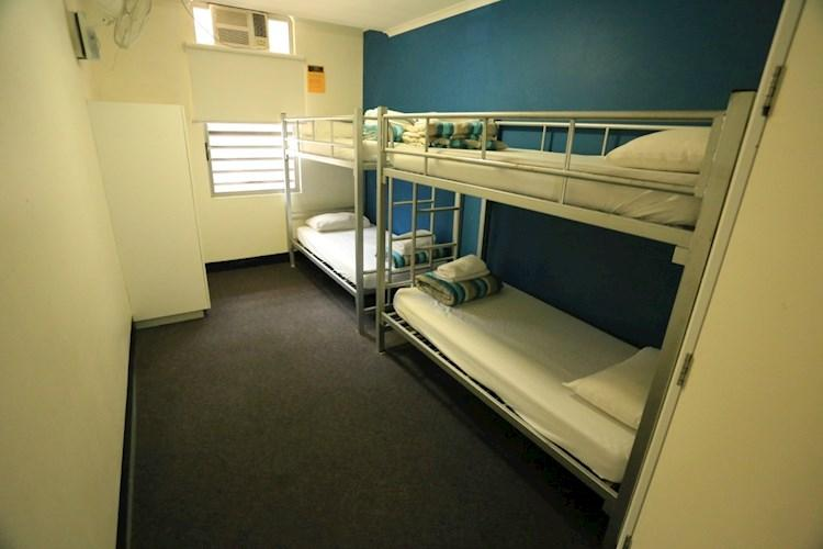 Group Multi-Share Room - Darwin YHA