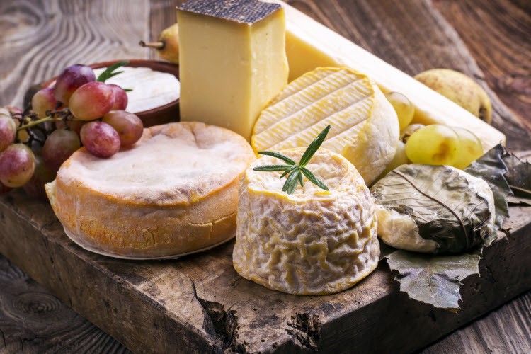 17. Cheese plate Bruny Island_shutterstock_187278551