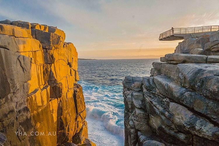 Albany YHA_The Gap and Natural Bridge_sunset_2018 (22).jpg
