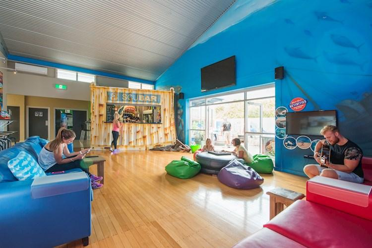 Lounge - Port Lincoln YHA