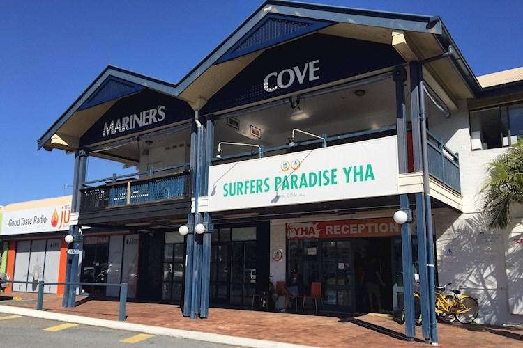 Group Accommodation Surfers Paradise YHA