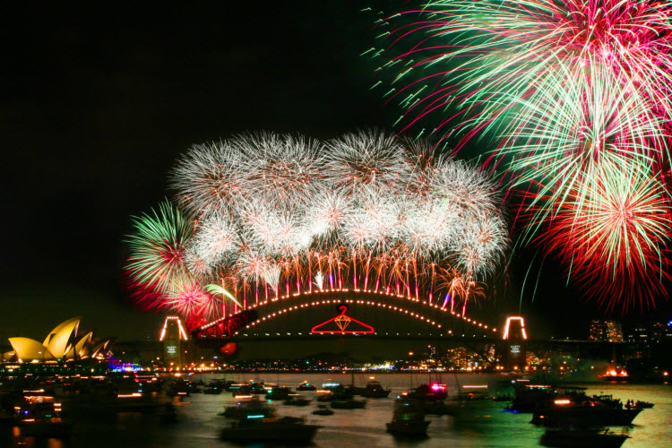 Harbour Bridge fireworks credit City of Sydney.JPG