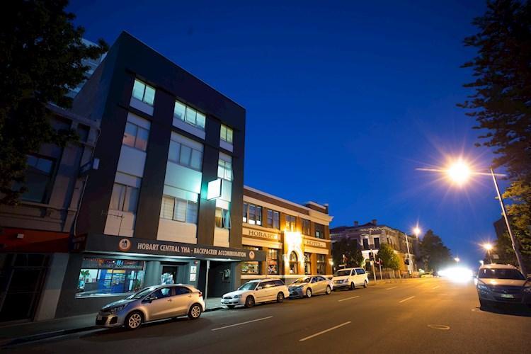 Group Accommodation Hobart Central YHA