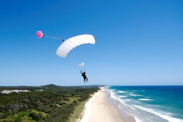 Skydive Noosa- Flying along the beach