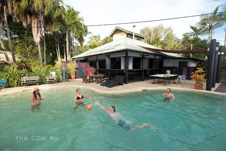 Hervey Bay YHA - pool.JPG
