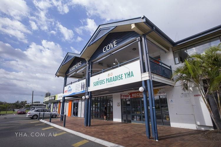 Surfers Paradise YHA_Exterior_201