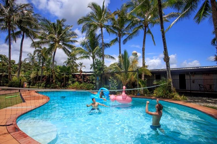 Mission Beach YHA - Pool Volley Ball.jpg