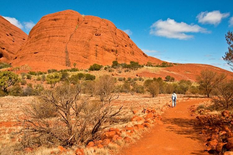 Uluru Day Tour From Alice Springs- Feel tiny