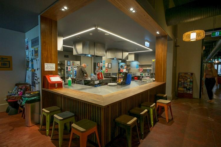 Melbourne Central YHA_Kitchen (1).jpg