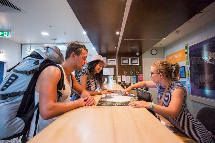 Melbourne Metro YHA | Backpackers Hostel