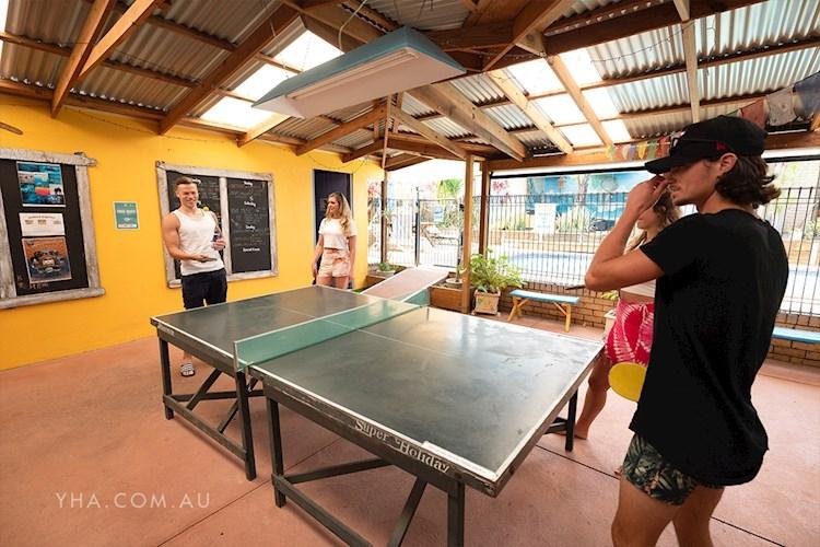 Port Macquarie YHA - Ping Pong