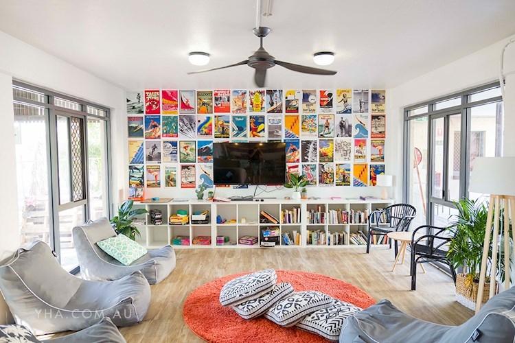 Byron Bay YHA - TV Room