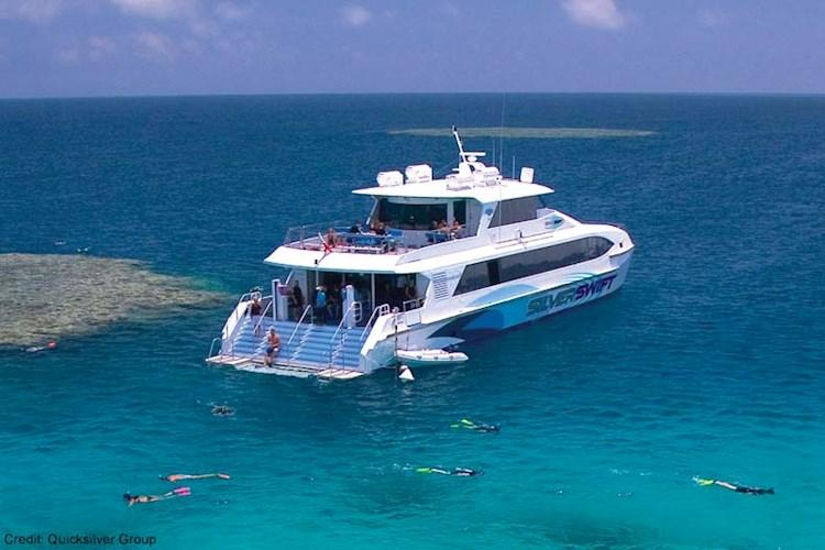 Great-Barrier-Reef-Snorkelling-Tour-Silverswift-Boat.jpg