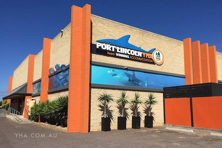 Port Lincoln YHA - Exterior