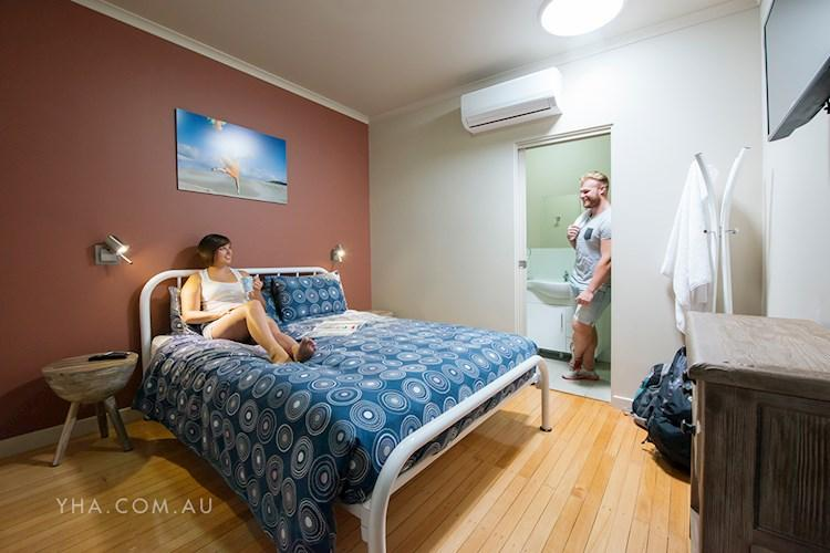 Port Lincoln YHA - Double Room with Ensuite