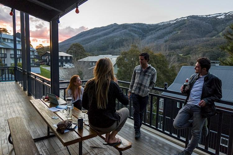 Thredbo YHA - Balcony Sunsets