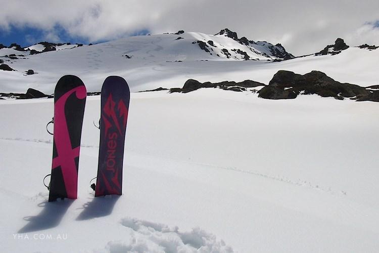 Thredbo YHA Snowboarding