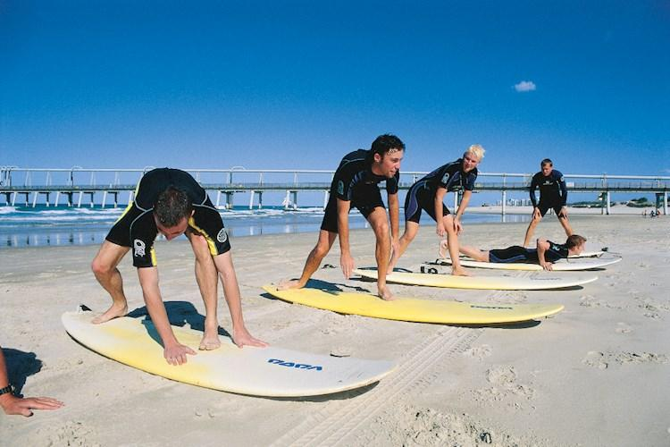 Learn to Surf in Surfers Paradise- Learn the correct technique.jpg