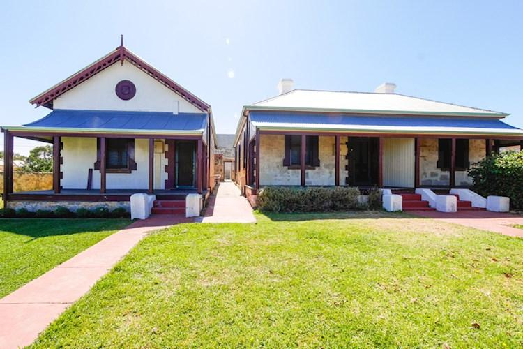 Fremantle Guards Cottages_Exterior_790x526.jpg