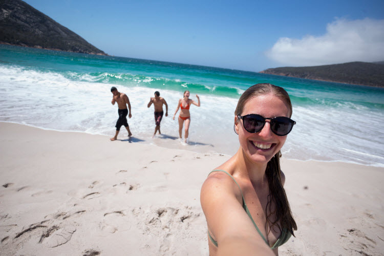 Get into your cossies at the beach! Aussie Slang | YHA Australia