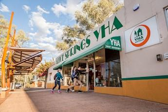 Alice Springs YHA tile image