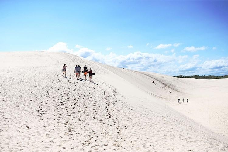Port Stephens YHA - Sand Dune Boarding